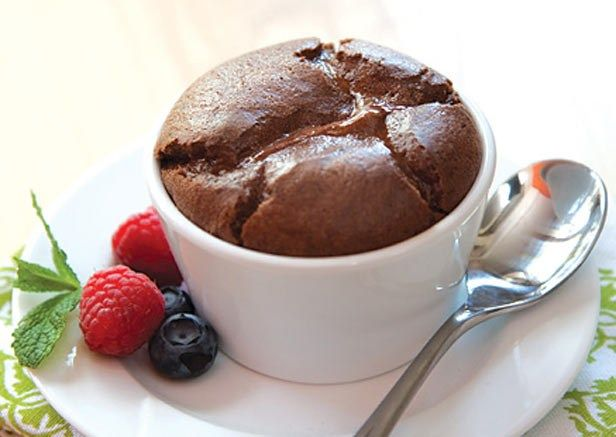 For a whopping 140 calories and all CLEAN ingredients...you can't beat this to get rid of your sweet tooth. 25 mins. tops from mixing to short time in the oven.: Clean Eating, Recipe, Mini Chocolate, Sweet Tooth, Chocolate Soufflé, Dessert