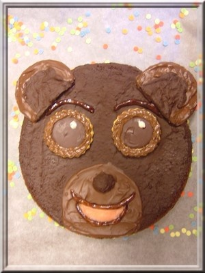 petit ours brun                                                                                                                                                                                 Plus
