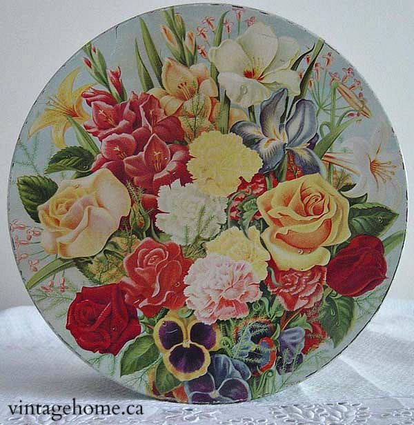 lovely vintage Peak Frean biscuit tin, flowers