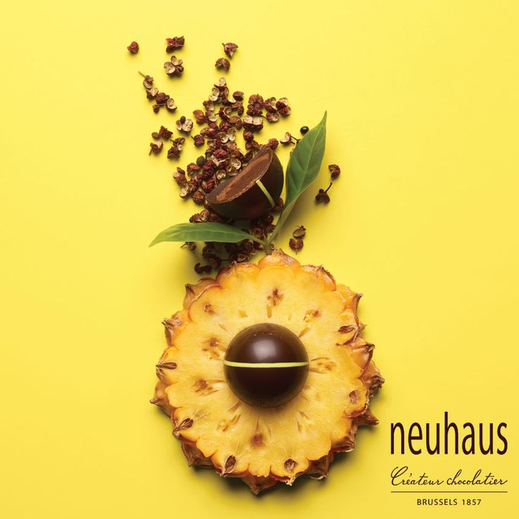 This spicy praline in dark chocolate contains an intense praliné with Sichuan pepper and a soft pineapple ganache providing a beautiful balance. #neuhaus #chocolate #duopralines