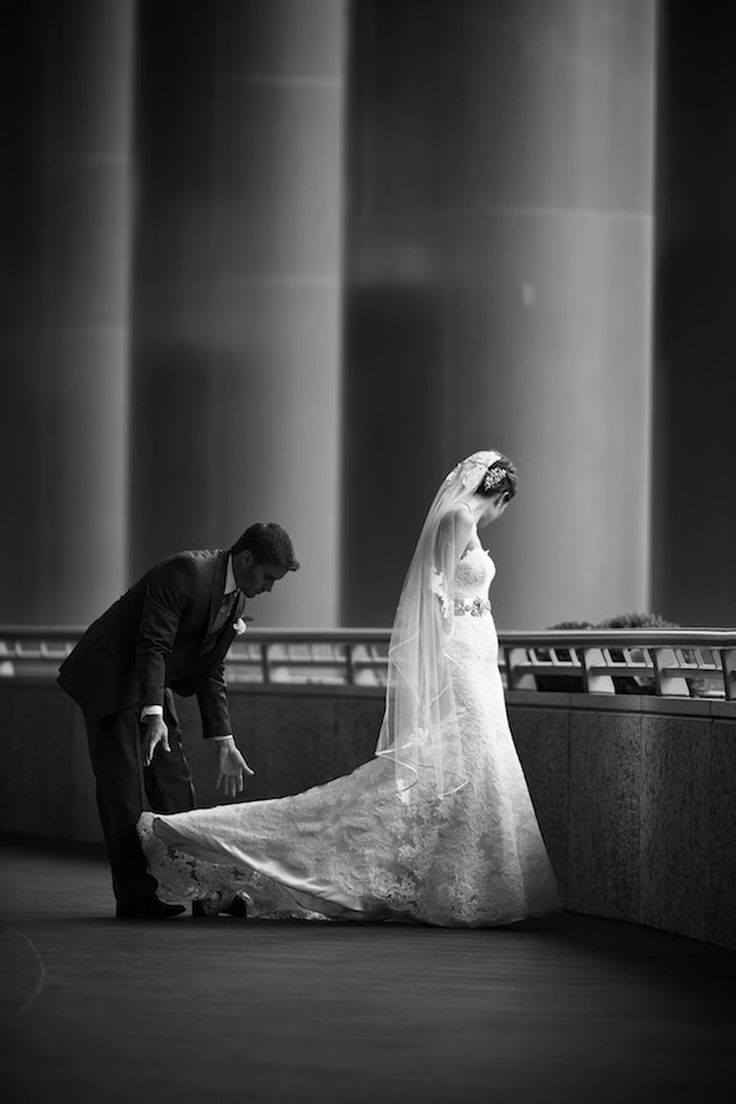Photography: David Wittig Photography - weddings.davidwittig.com  Read More: http://www.stylemepretty.com/2015/01/05/bachelor-pad-2-winner-ties-the-knot-in-chicago/