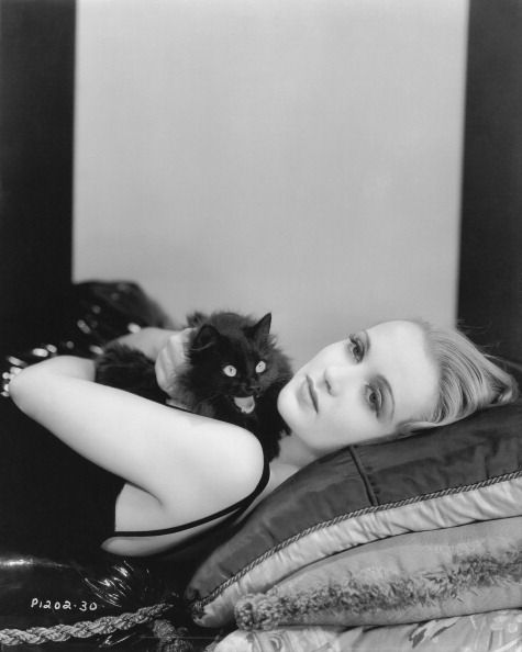 Carole Lombard with her kitten.