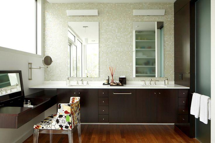 perłowa mozaika w łazience