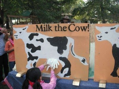 Would be so cute at the DAIRY FESTIVAL!