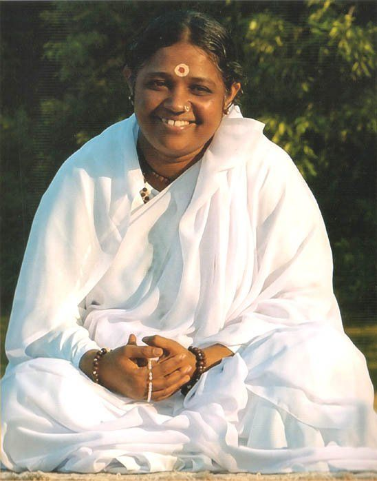 Amma, this beautiful spirit hugged my daughter in 2005 :)