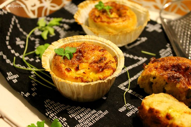 Gluten-free pesto rolls