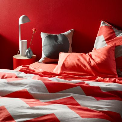 Chevron Grande Neon Coral Double bed quilt cover