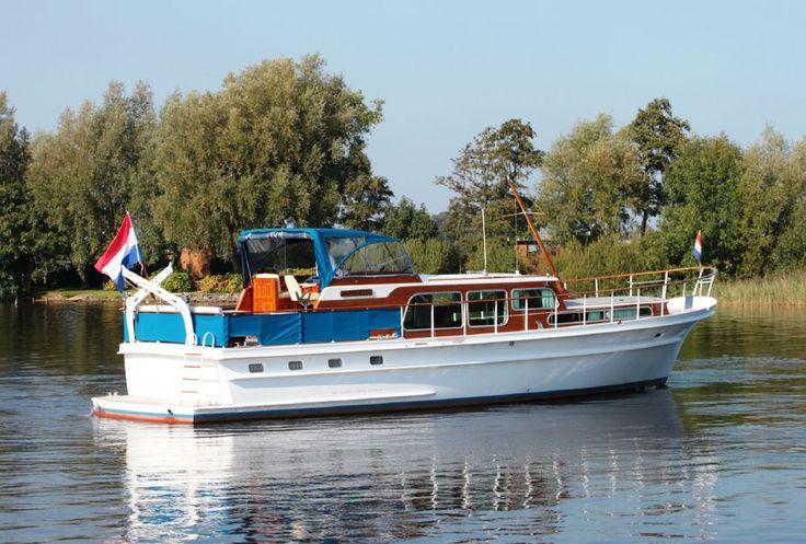 1989 Super van Craft 15.50 Power Boat