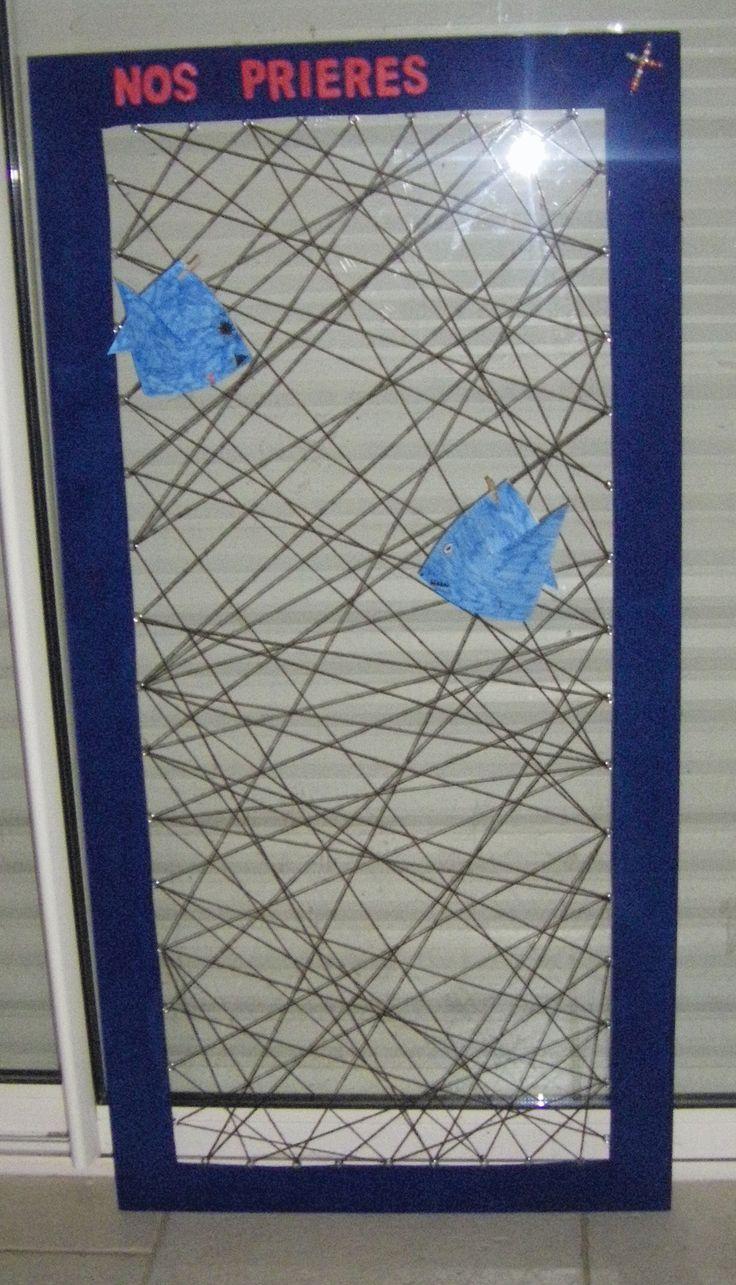 un cadre p le m le en fil de laine pour accrocher les pri res des enfants du cat kt. Black Bedroom Furniture Sets. Home Design Ideas