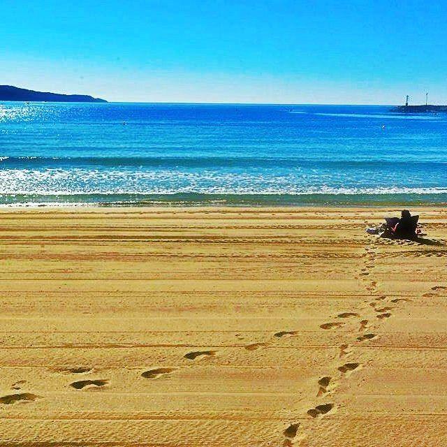 #été indien a #cavalaire au programme ce we #plage #bronzage #soleil #lecture #baignade #mer activités nautiques #seaporn #beachporn ⛱🌞🕶🌊😎🌴 #sunporn #repos #nostress #tranquille #mycavalaire #cavalairesurmer #jadore #calme #personne