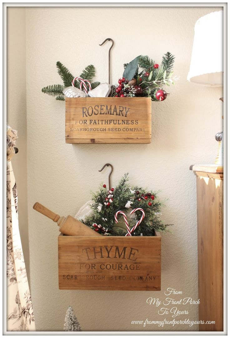 French Farmhouse Christmas Kitchen - DIY - Nice wall display idea for the holidays or throughout the year.