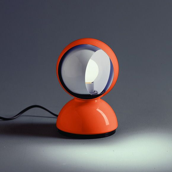 If you're looking for a table lamp collection to complete your vintage bedrooms look , you'll love this minimalist styled vintage table lamp from Artemide. Made from painted metal , this round shaped table lamp has a unique hood that could be rotated to achieve desierable lighting effect.