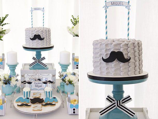 bolo de chantininho para festa mustache/ bigode.