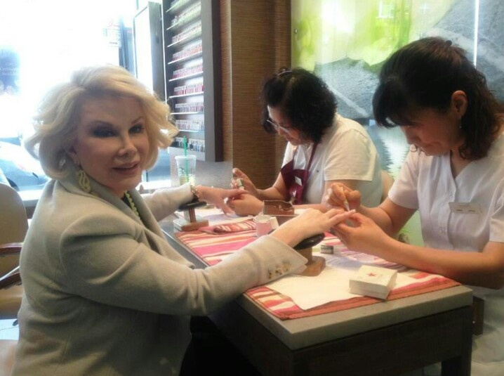 The 56 best Joan Rivers images on Pinterest | Joan rivers, 80th ...