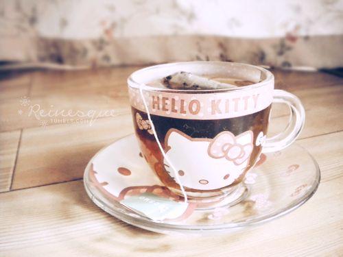 Hello Kitty teacup