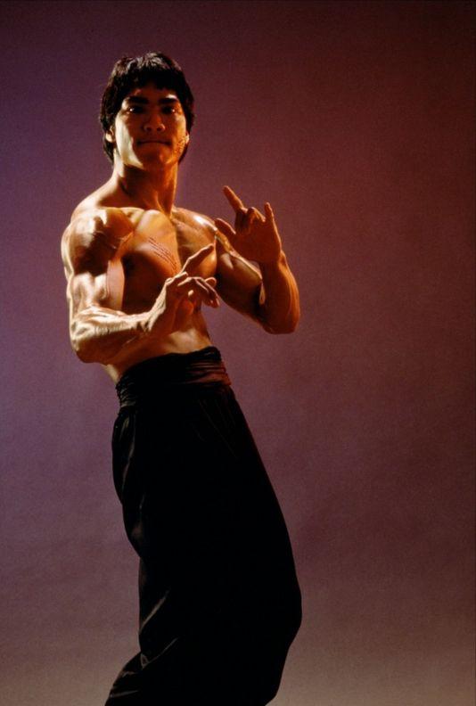 Jason Scott Lee - Dragon: The Bruce Lee Story (1993)