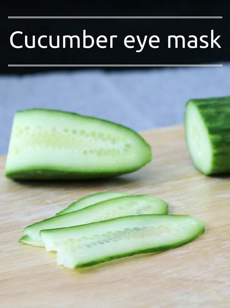 Under eye wrinkle treatment with cucumber #diyskincare #diybeauty #diybeautyrecipe #facebeauty #cucumber #cucumber