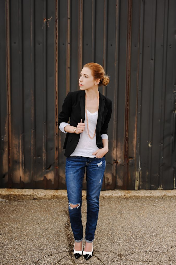 A Gap blazer and a pair of jeans as featured on the blog Sidewalk Ready.