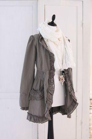Jacket & scarf: Big Sweaters, Fully Fashion, Grey And White, Grey Ruffles, Gorgeous Jackets, Gray Jackets, Jackets Rocks, Sweaters Refashion, Cute Jackets