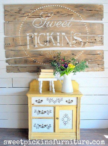 Sweet Pickins Milk Paint - Marigold and Light Cream 1