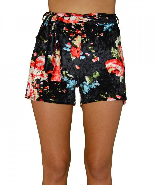 Γυναικείο velvet floral σορτσάκι μαύρο 1175013  γυναικείασορτσάκια  μόδα   ντύσιμο  ρούχα  shorts d7efc31b3ca