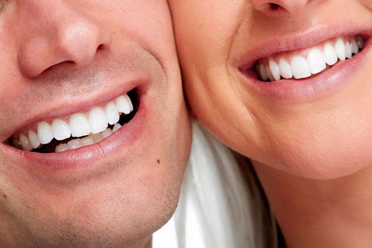 Wybielanie zębów metodą Beyond, wykonywane w naszym gabinecie dentystycznym – DentalMed w Warszawie, jest bezpieczne i zawsze przeprowadzane pod czujnym okiem stomatologa. Efekty wybielania utrzymują się przez około dwóch lat, jednak wiele zależy również od stylu życia pacjenta