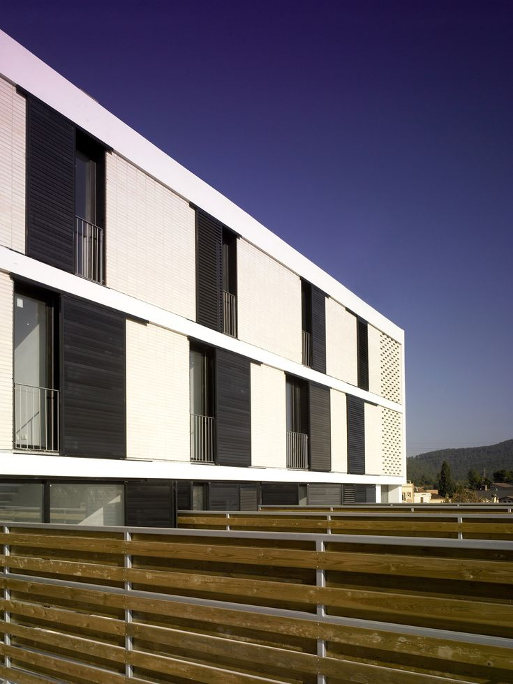13 social housing units, el papiol/ Baas Arquitectura