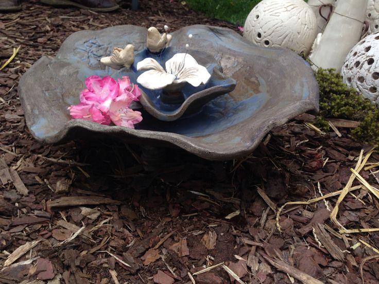 Keramika pítko pro ptáčky
