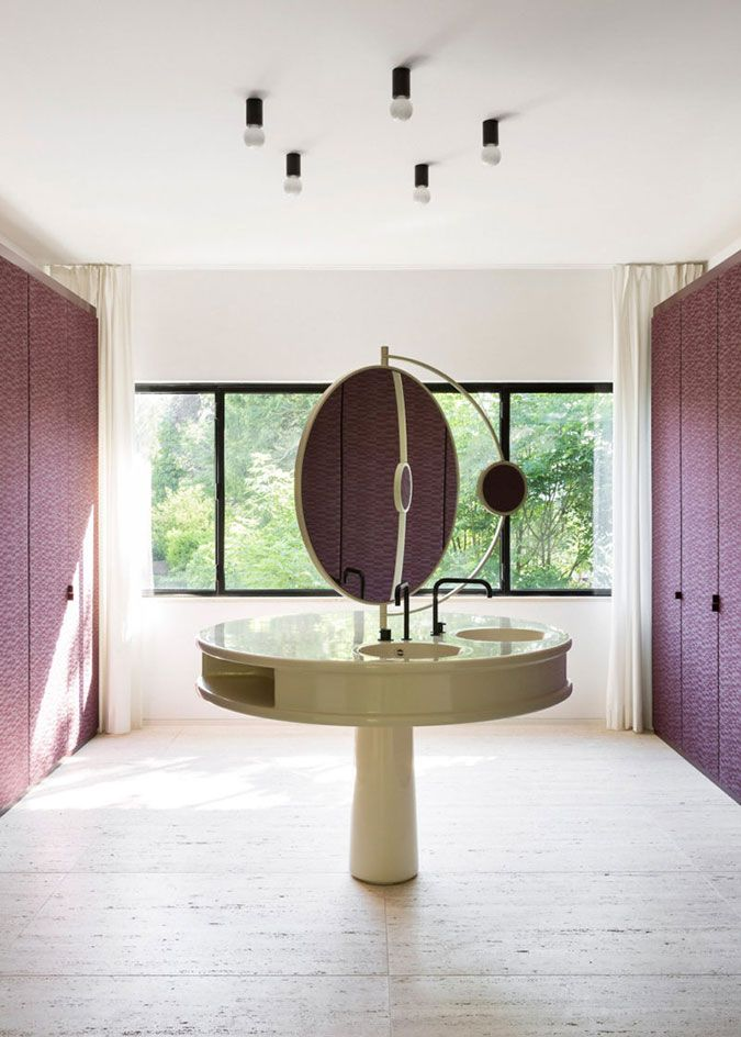 The New Modernist and Glamorous Interior of