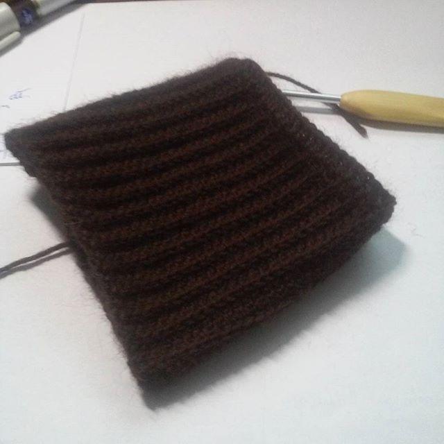 Mitenki, ściągacz już zrobiony ;) #szydełkowanie #szydełko #workinprogress #crocheting #mitenki #mittens #fingerlessmittens