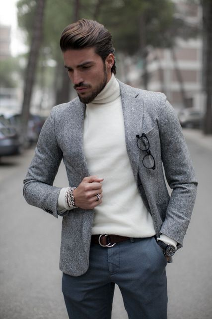 Blazer/ turtleneck