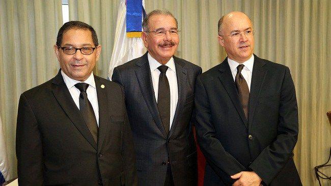 Presidente Medina asiste a acto de celebración Día del Poder Judicial