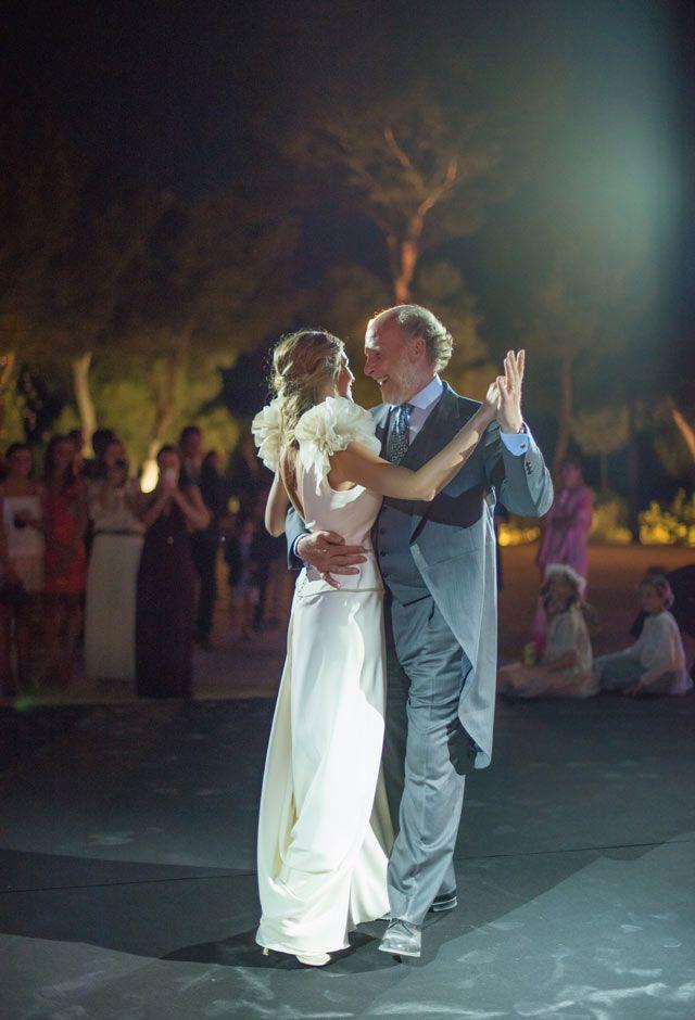 http://casildasecasa.vogue.es/2013/11/29/la-boda-de-pablo-y-sofia-ii/
