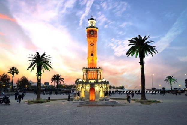 The Best Things To See and Do in Izmir, Turkey - Mapping Megan