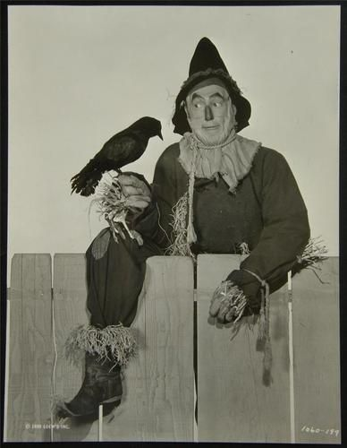 1939 Ray Bolger IN THE WIZARD OF OZ