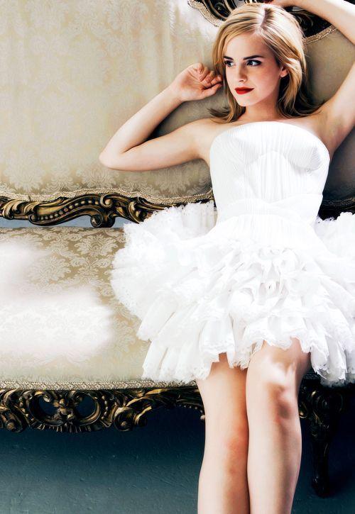 ハーマイオニーを超えて大人な女性に♥話題のit girlエマ・ワトソンに学ぶ、ファッション&メイク   by.S