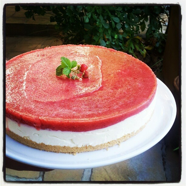 Strawberry and Buttermilk Fridge Cheesecake