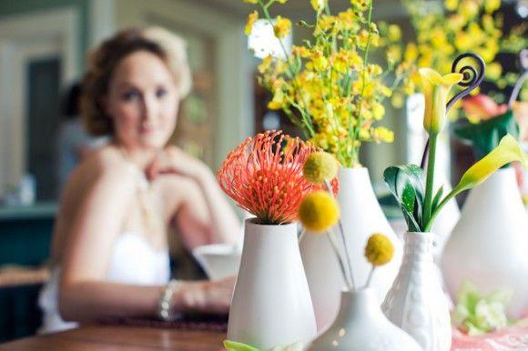 yellow-billy-balls-white-vase-centerpieces