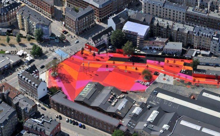 Superkilen de Copenhague. By BIG and Topotek: Big Architects, Public Spaces, Urban Design, Favorite Places, Arch2O Superkilen, Parks, Mr. Big, Red Squares, Red Black