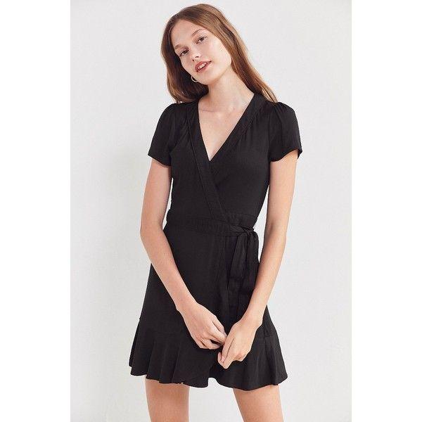Kimchi Blue Rita Wrap Dress (€51) ❤ liked on Polyvore featuring dresses, v-neck dresses, peplum dress, v neck wrap dress, short sleeve wrap dress and surplice dress