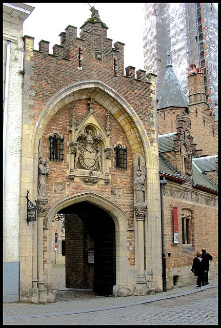 how to get from brussels to bruges