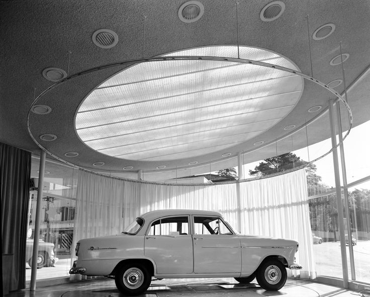 Arrow Motors, Holden car showroom, cnr Manning St and New South Head Rd, Double Bay. Baldwinson & Booth architects. Max Dupain photo, 1956.
