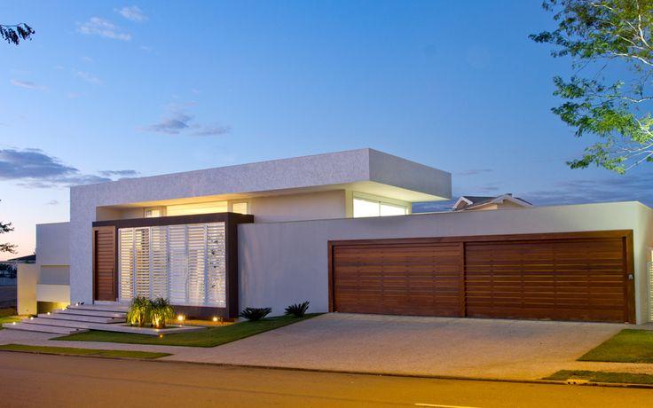As 10 melhores ideias sobre port o para garagem no for Casa holandesa moderna