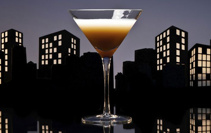What better way than to combine two of Ireland's most famous drinks in a delicious cocktail combination.