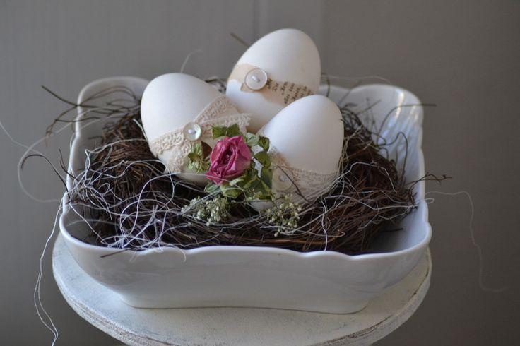"""shabby Ostern """"die Eier im Nest..."""" von Manufaktur Catrin M. auf DaWanda.com"""