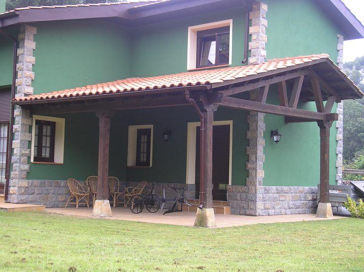 Porche de madera y teja adosado a una de las paredes de la - El porche de octaviano ...