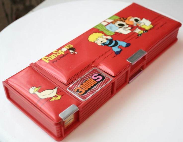 magnetic pencil case can't remember if I ever had one but remember liking them a lot