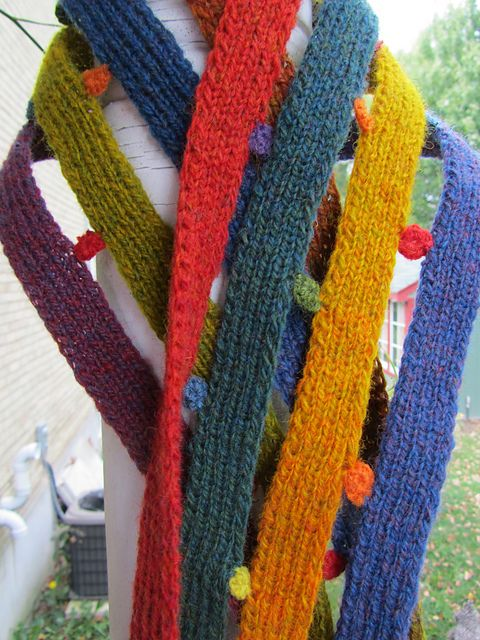 17 Best images about Knit scarves on Pinterest Free pattern, Shawl and Ravelry