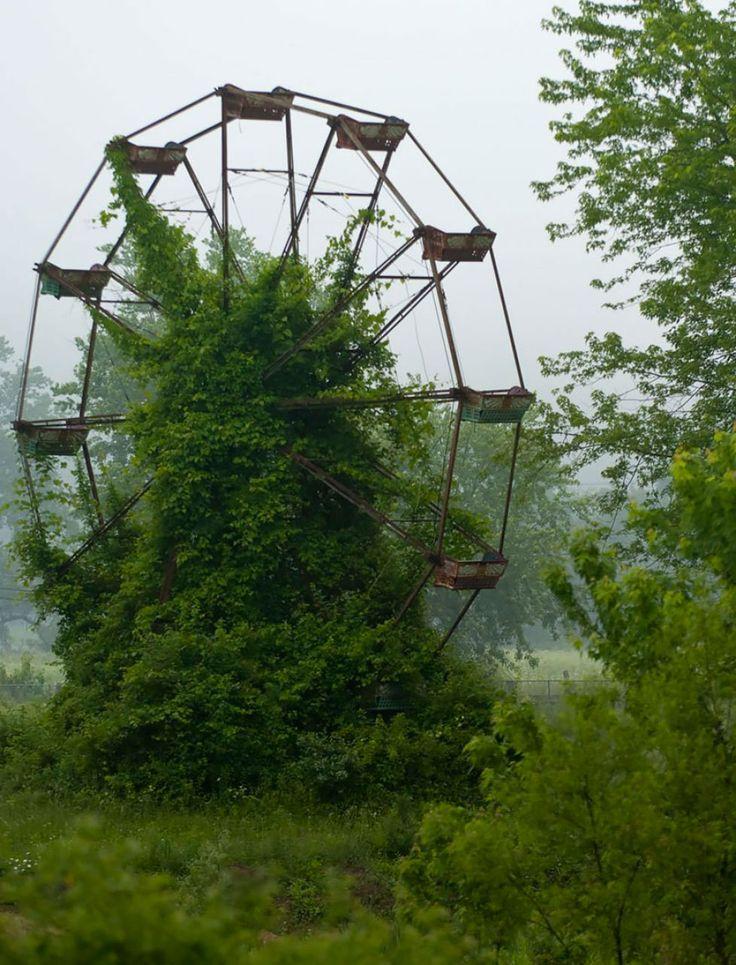 grande-roue-abandonnee