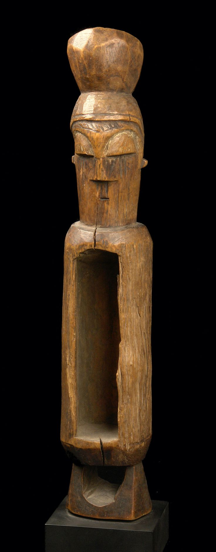 Africa | Slit drum from the Yaka people of DR Congo | Wood with middle brown patina and remains of pigment